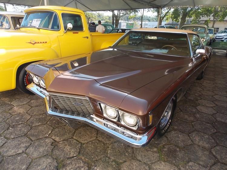 1972 Buick Riviera Boattail