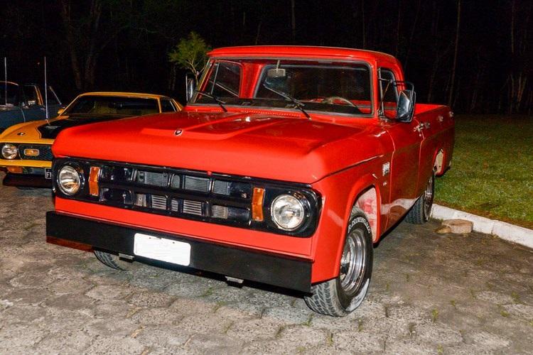 1974 Dodge D100